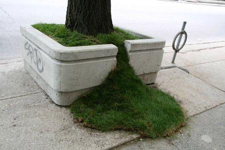 Sidewalk spillover